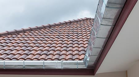 nieuwe dakgoten in Almere